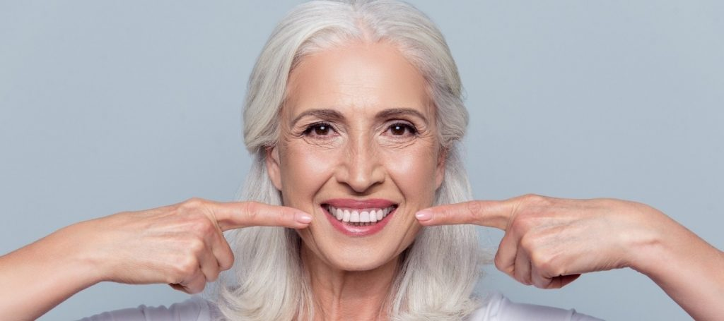 הלבנת שיניים - כדאי להשתמש בערכה ביתית?
